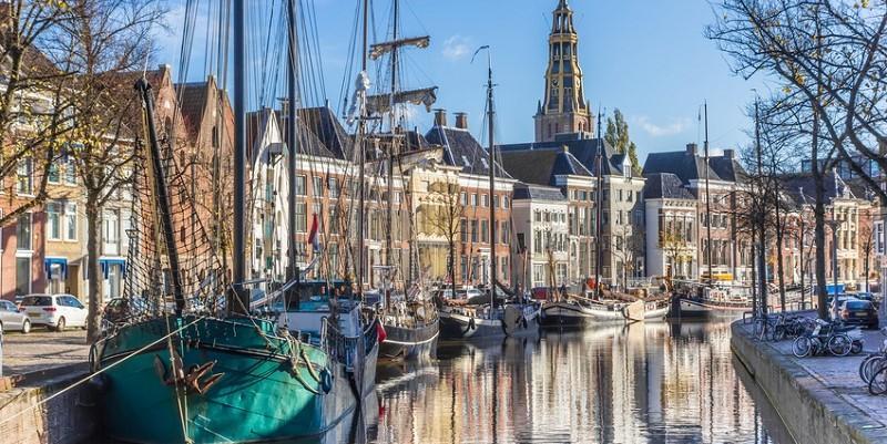 Groningen Weihnachtsmarkt.Reiseangebote Spar Bau